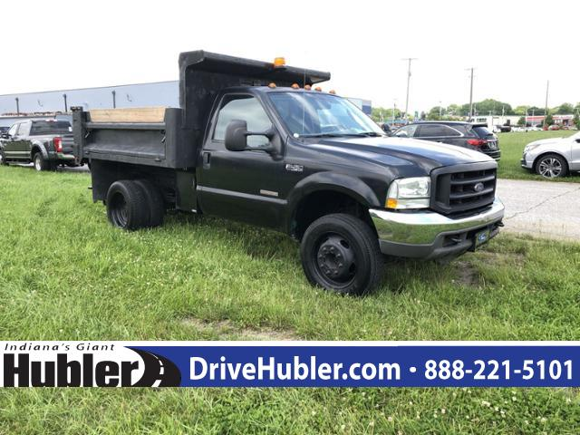 Pre-Owned 2004 Ford Super Duty F-450 DRW Reg Cab 201 WB 120 CA XLT