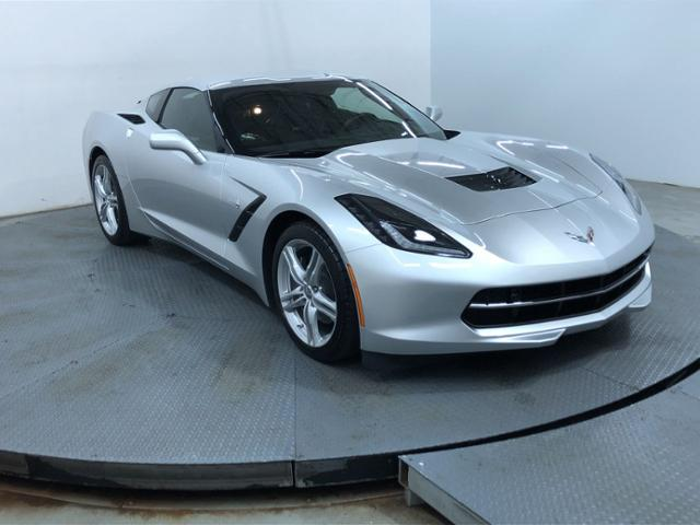 Pre-Owned 2017 Chevrolet Corvette 2dr Stingray Cpe w/3LT