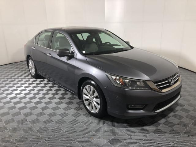 Pre-Owned 2013 Honda Accord 4dr V6 Auto EX-L