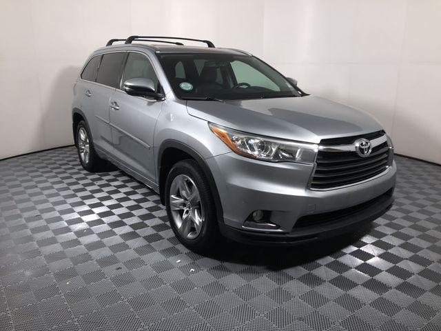 Pre Owned 2016 Toyota Highlander Awd 4dr V6 Limited