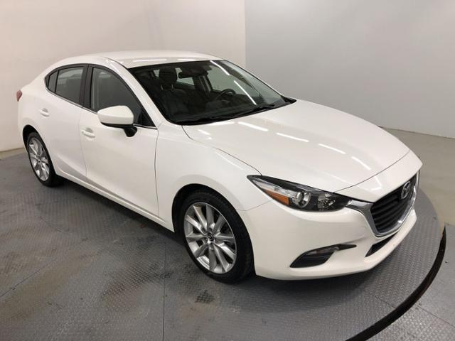 Pre-Owned 2017 Mazda3 4-Door Touring Auto