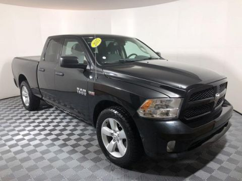 Pre-Owned 2015 Ram 1500 2WD Quad Cab 140.5 Express
