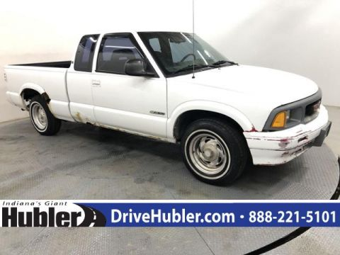Pre-Owned 1996 Chevrolet S-10 Ext Cab 122.9 WB LS