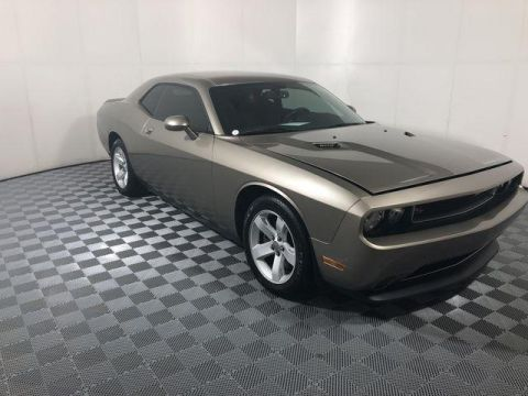 Pre-Owned 2014 Dodge Challenger 2dr Cpe R/T