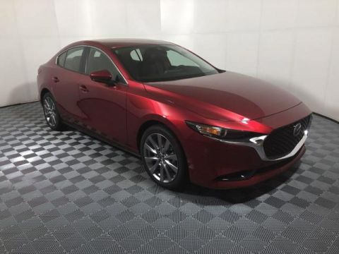 New 2019 Mazda3 FWD w/Preferred Pkg